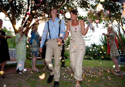Forest wedding coordinator in Knysna, Garden Route function coordinator - Twin Paddocks specialise in small, authentic forest weddings where everything goes smoothly.